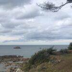 Gite de Kerbugalic.Vers la plage de Poulpry.