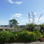 Jardin terrasse Studio Gr34.Gite de Kerbugalic